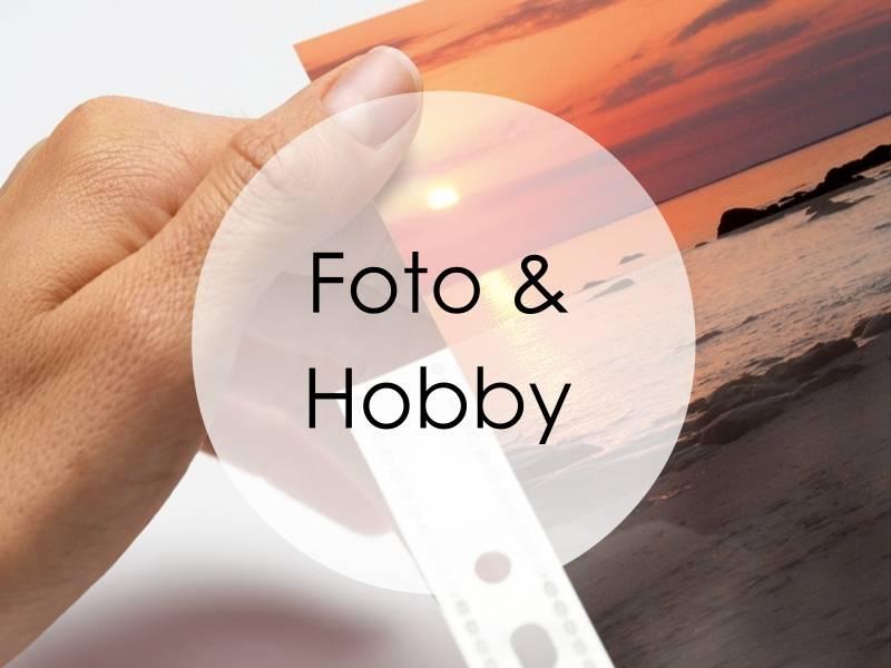 Foto-/filmlommer, negativlommer, fotokartong, fotoalbum, fototape, plastlommer, selvklebende lommer, dobbeltsidig tape, etiketter, limrollere, bokbind, klistremerker, stickers og hengeetiketter